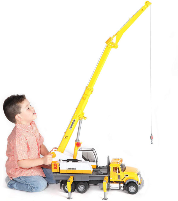 MACK Granite Liebherr crane truck