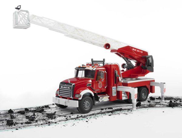 MACK Granite Fire engine with Water pump